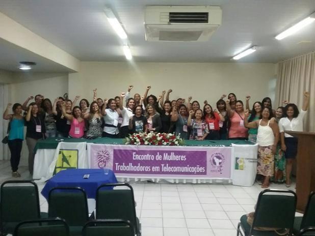 Mulheres telefônicas são homenageadas em encontro promovido pelo Sinttel Bahia