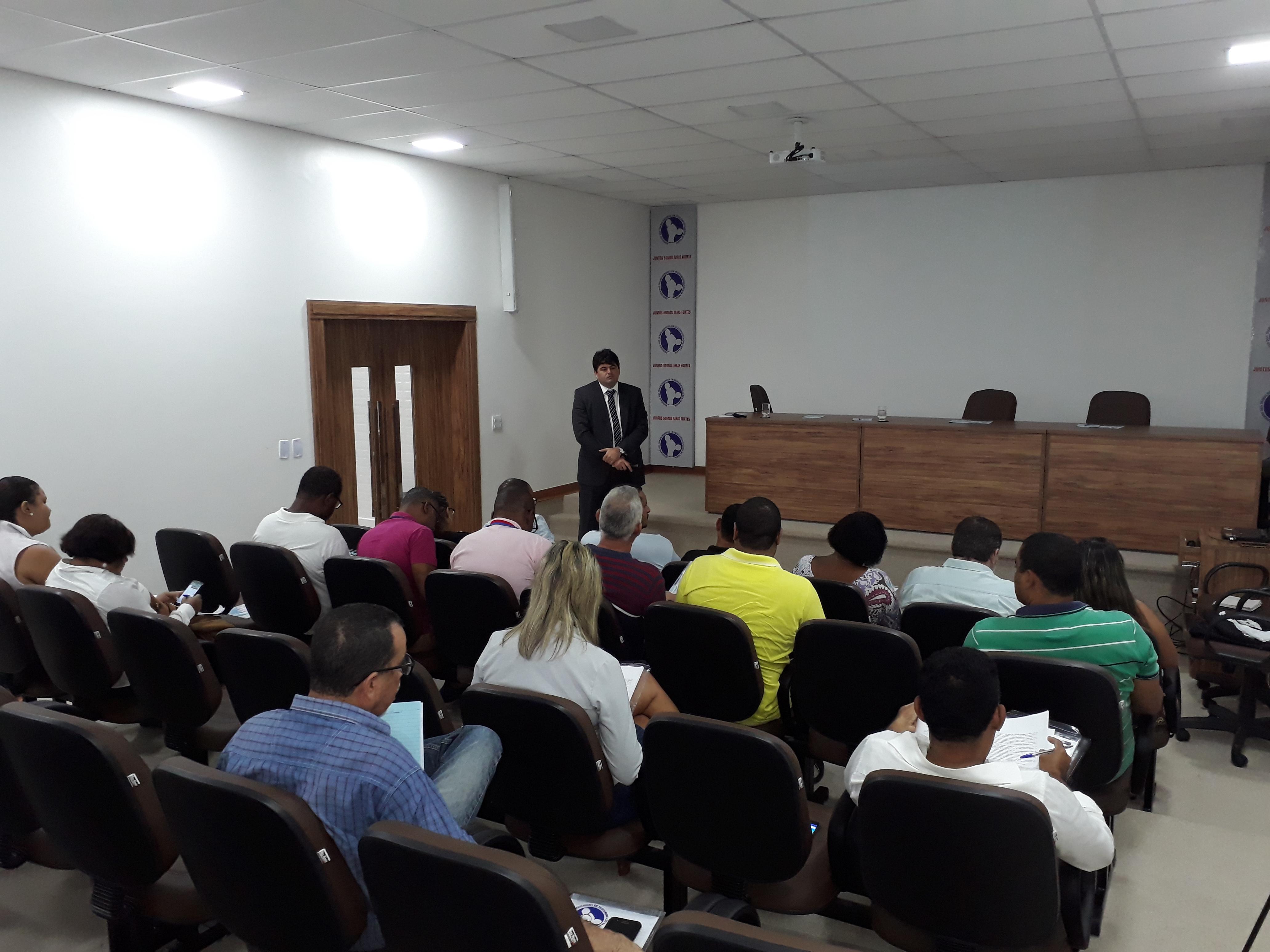 Atividade do IIº Seminário de Planejamento discutiu a Reforma Trabalhista e seus impactos no mundo sindical