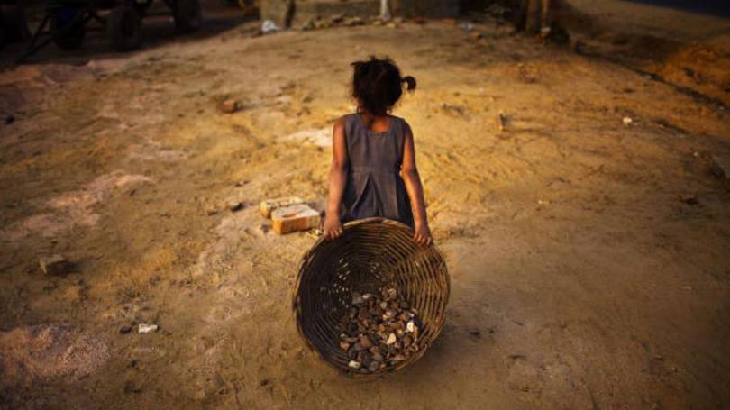 Pobreza extrema cresce no Brasil e pode aprofundar com reforma trabalhista